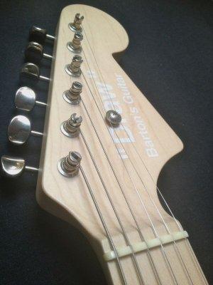 """画像3: Barton's Guitar Draw """"White"""" バートンズギター ドロウ ホワイト"""